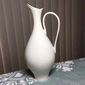 Rare Lenox ivory gold trimmed porcelain 9inch vase